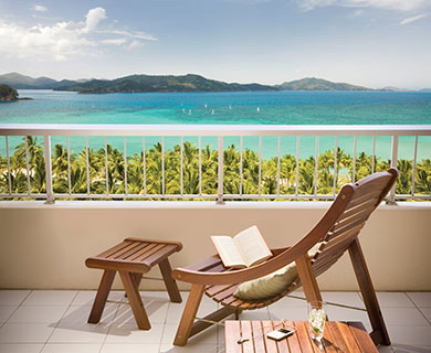 Reef-View-Coral-Sea-View-balcony-001.jpg-square-390