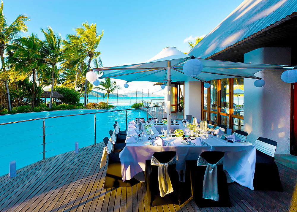 08171012 Sails Steak Seafood Reception Gallery 1000