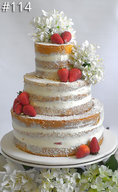 https://www.hamiltonislandweddings.com/wp-content/uploads/2015/01/114-crystalbrook-cake-page-390.jpg