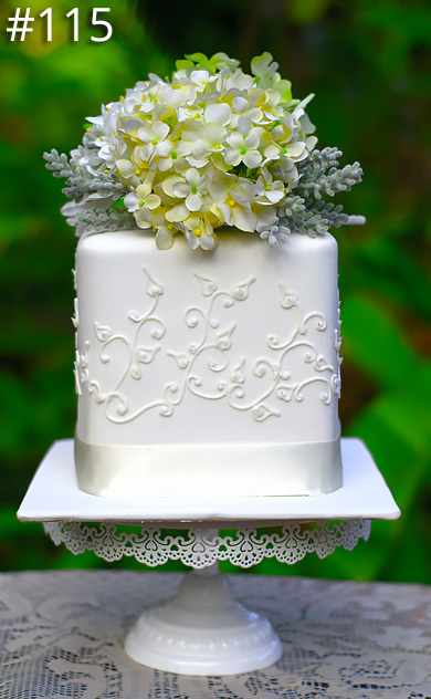 https://www.hamiltonislandweddings.com/wp-content/uploads/2015/01/115-crystalbrook-cake-page-390.jpg