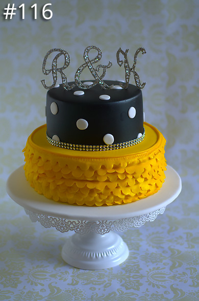 https://www.hamiltonislandweddings.com/wp-content/uploads/2015/01/116-crystalbrook-cake-page-390.jpg