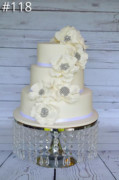 https://www.hamiltonislandweddings.com/wp-content/uploads/2015/01/118-crystalbrook-cake-page-390.jpg