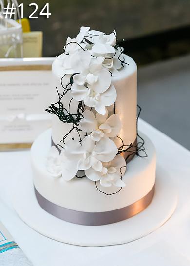 https://www.hamiltonislandweddings.com/wp-content/uploads/2015/01/124-crystalbrook-cake-page-390.jpg