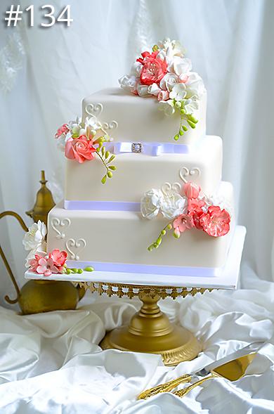 https://www.hamiltonislandweddings.com/wp-content/uploads/2015/01/134-crystalbrook-cake-page-390.jpg