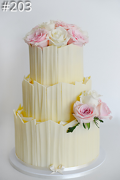 https://www.hamiltonislandweddings.com/wp-content/uploads/2015/03/203-sweet-ideas-cake-page-390.jpg