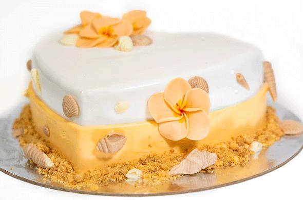 https://www.hamiltonislandweddings.com/wp-content/uploads/2018/05/1805090011-HR-Bakery-Wedding-Cakes.png