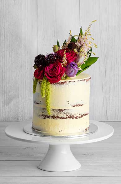 https://www.hamiltonislandweddings.com/wp-content/uploads/2018/05/Bakery-Cakes-2019-2-390x590.jpg