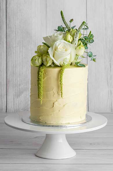 https://www.hamiltonislandweddings.com/wp-content/uploads/2018/05/Bakery-Cakes-2019-6-390x590.jpg