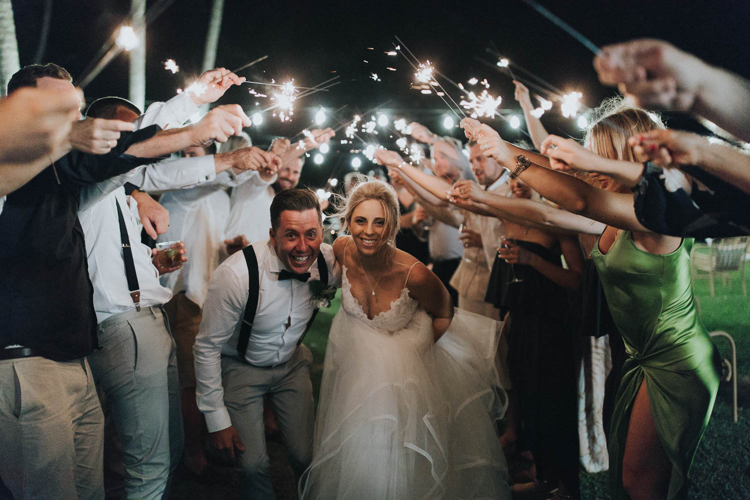 https://www.hamiltonislandweddings.com/wp-content/uploads/2018/11/Bishop-38.jpg