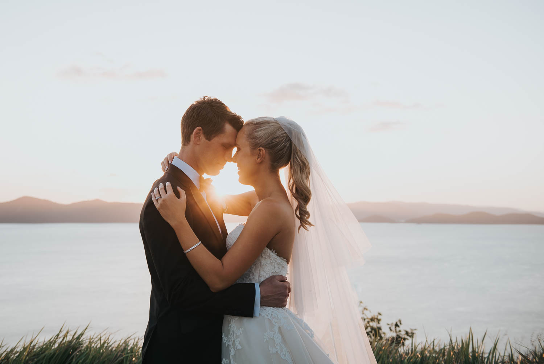 https://www.hamiltonislandweddings.com/wp-content/uploads/2019/02/1809290025.jpg