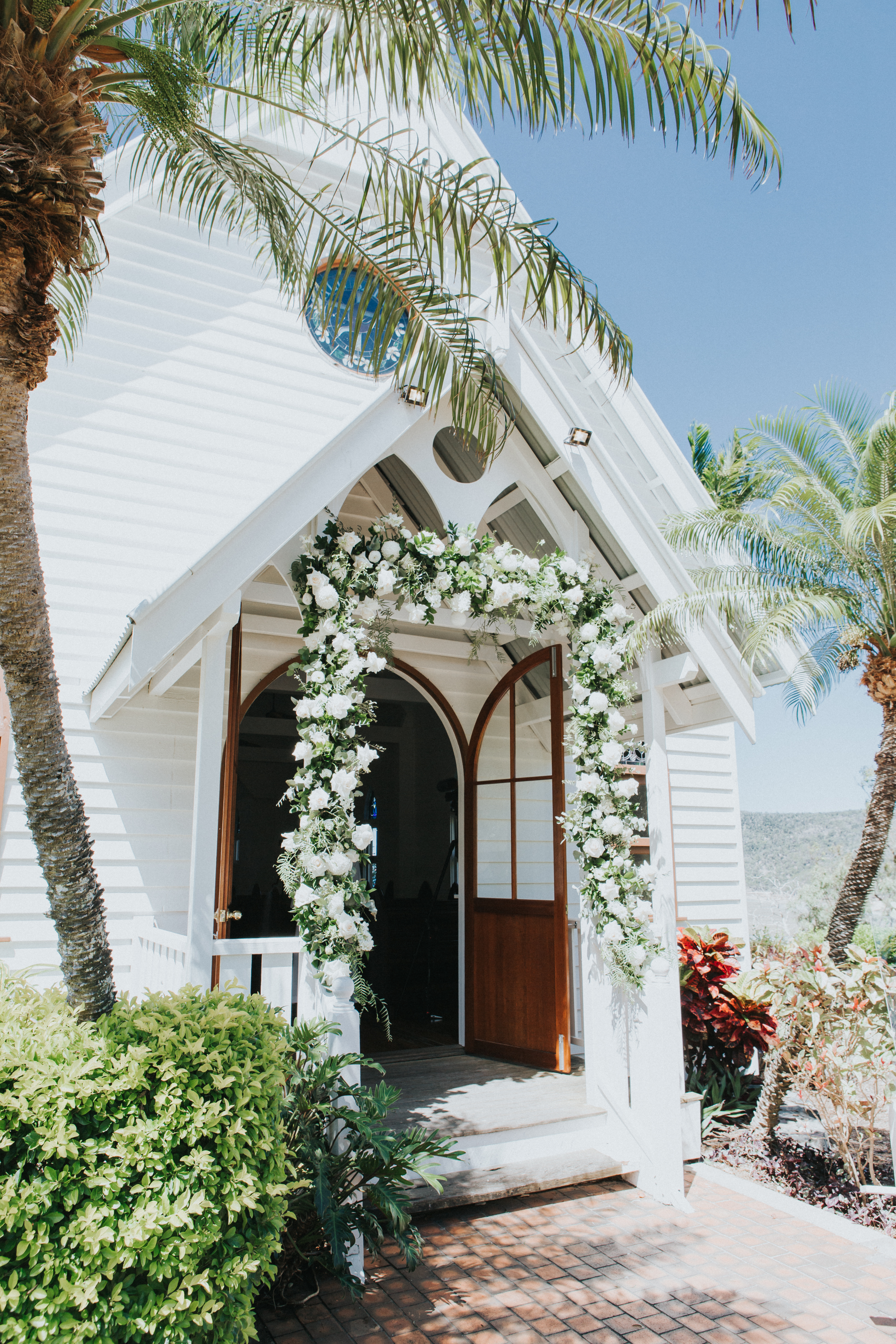 https://www.hamiltonislandweddings.com/wp-content/uploads/2019/02/1810200247.jpg