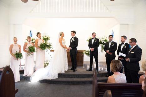 https://www.hamiltonislandweddings.com/wp-content/uploads/2019/02/chapel.jpg