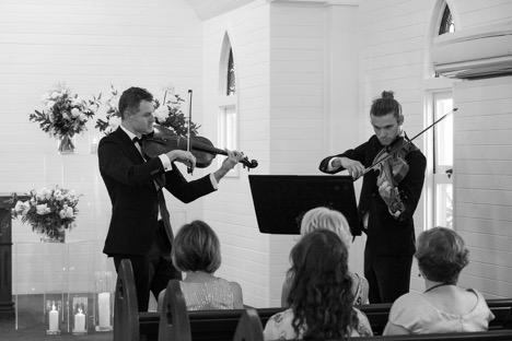 https://www.hamiltonislandweddings.com/wp-content/uploads/2019/02/violin.jpg